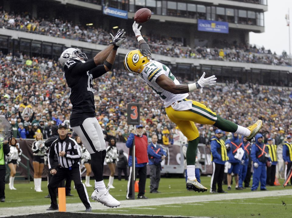 Green Bay Packers Vs Oakland Raiders Game Preview Oakland Raiders Green Bay Green Bay Packers