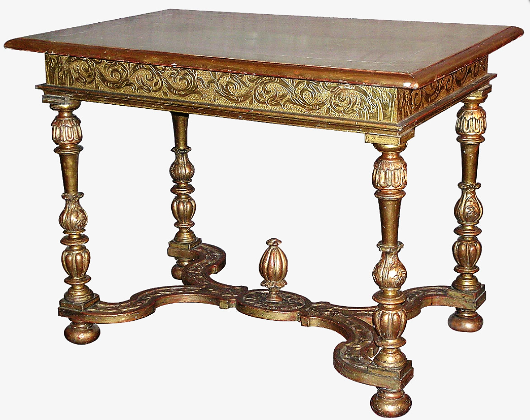 Table D Apparat Louis Xiv En Bois Sculpte Et Dore Sud De La France Dorure D Origine Reprise A La Laque Du Plateau Mm