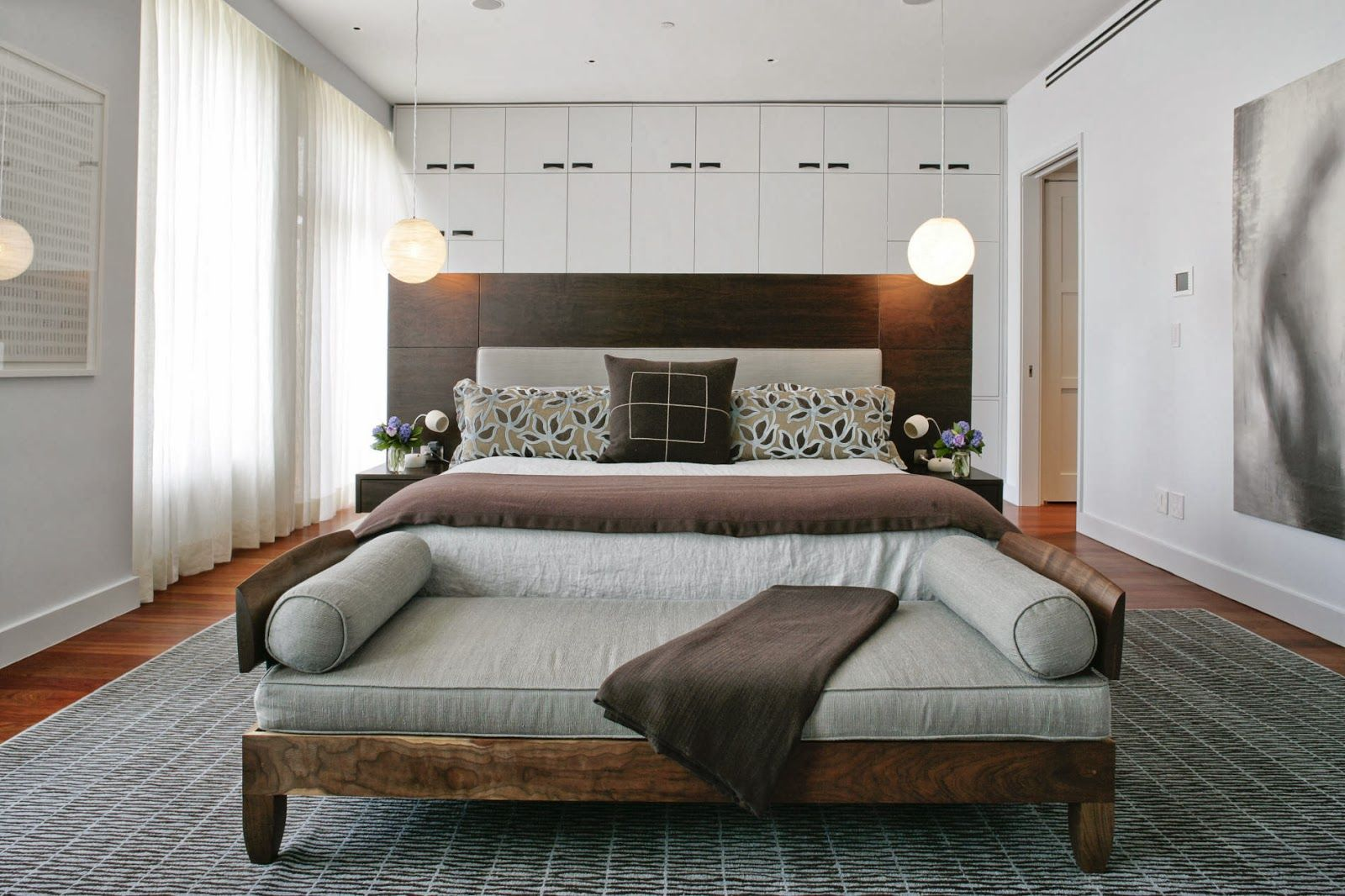 3 LOVELY FOOT OF THE BED IDEAS  - Godfather Style  Luxury