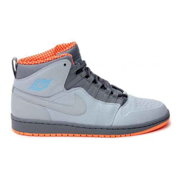 Sepatu Air Jordan 1 Retro 94 631733 032 Sebuah Jordan 1 Retro Terbaru Dengan Tema Bobcats Design Sempurna U Sepatu Air Jordan Sepatu Jordan Retro