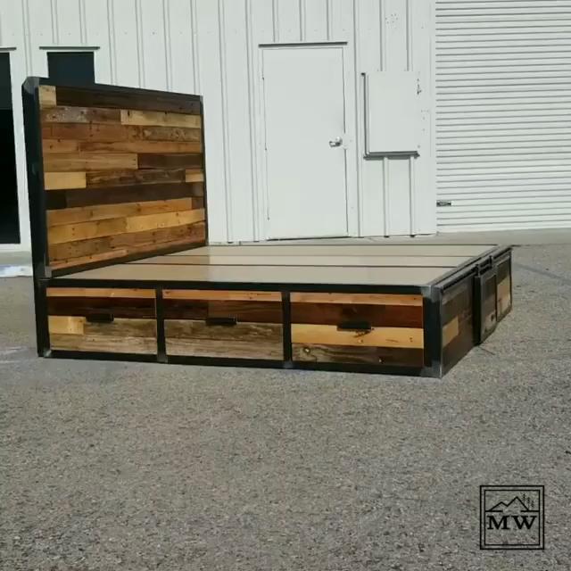 Best Selling Industrial Reclaimed Wood Platform Storage Bed Video