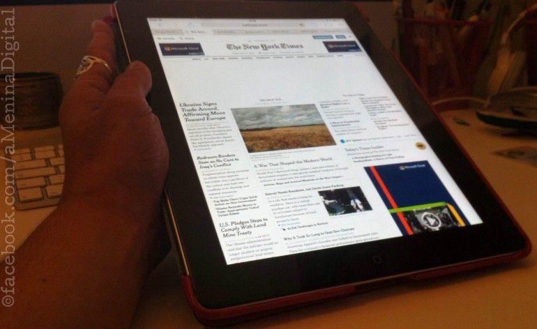 """No Reino Unido, a consulta de notícias na internet já é mais popular do que a leitura nas versões em papel, é o que demonstra o estudo """"News Consumption in the UK"""", realizado pela reguladora Ofcom. LEIA MAIS!"""