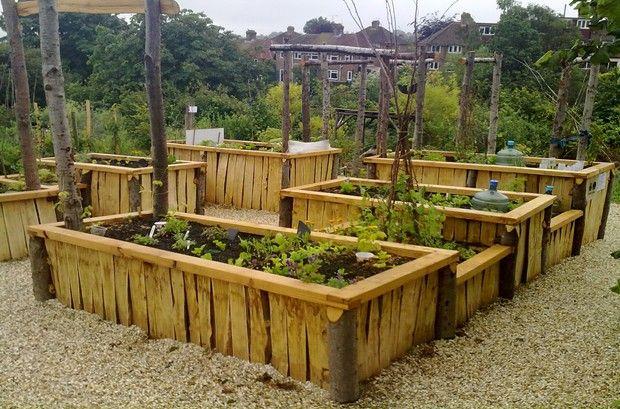 Accessible Community Garden Beds. Community Garden Design - First