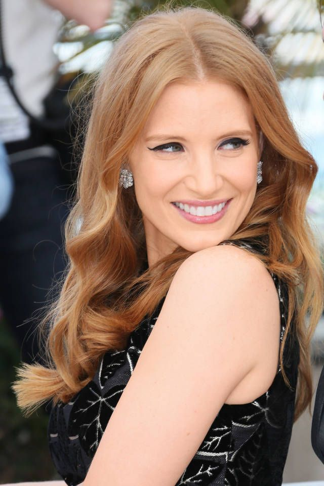 The Prettiest Hair Colors For Fall Rose Gold Hair Gold Hair And