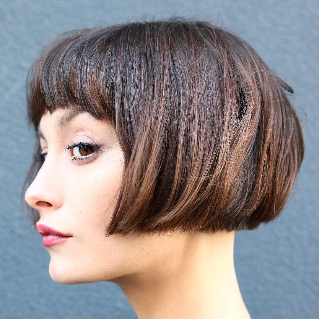 lip-length bob chop short