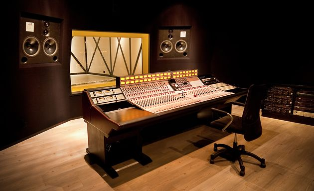 ATC is pleased to announce that Yellow Box Studios, Singapore's largest and most highly-awarded audio post-production facility, has installed a top-of-the-range pair of SCM300ASL PRO three-way active series loudspeakers
