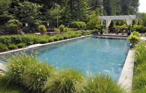 de la couleur de l eau de piscine piscines revetement et gris. Black Bedroom Furniture Sets. Home Design Ideas