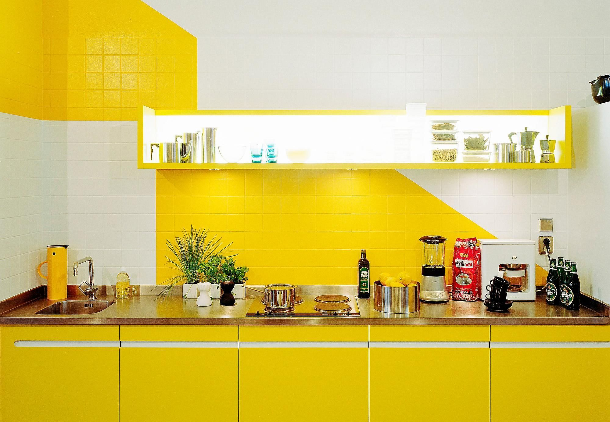 Cool Bright Kitchen Design With Yellow Color And White Kitchen Wall Tile  Plus Cabinet Shelves Mounted On Wall Bright And Colorful Kitchen Design  Ideas With ...