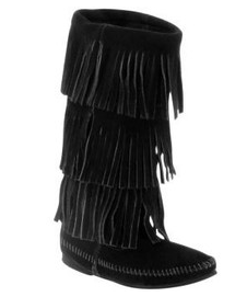 Minnetonka 3 layer fringe boots!!! WANT