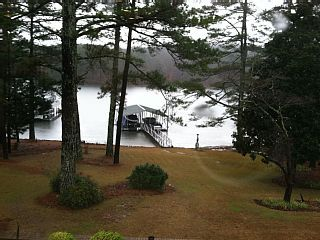 Family Friendly 3 000 Sq Ft Lake Front Terrace Level Of Home With Inground Pool Vacation Rental Vacation Lakefront
