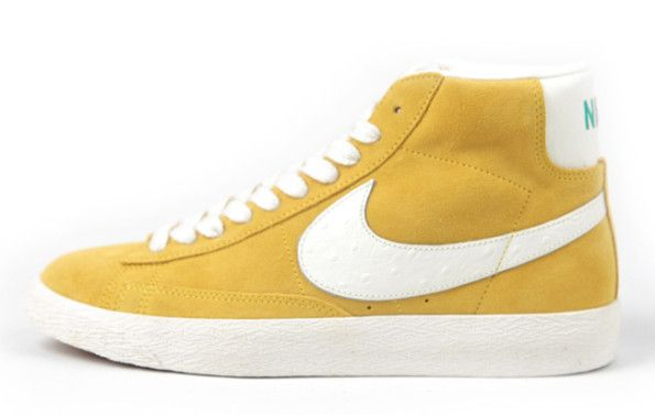 Nike blazer mid vintage in yellow with white ostrich