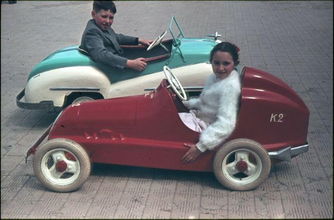 trapauto voiture a pedales gocart cars for kids pedal cars cars en vintage cars. Black Bedroom Furniture Sets. Home Design Ideas