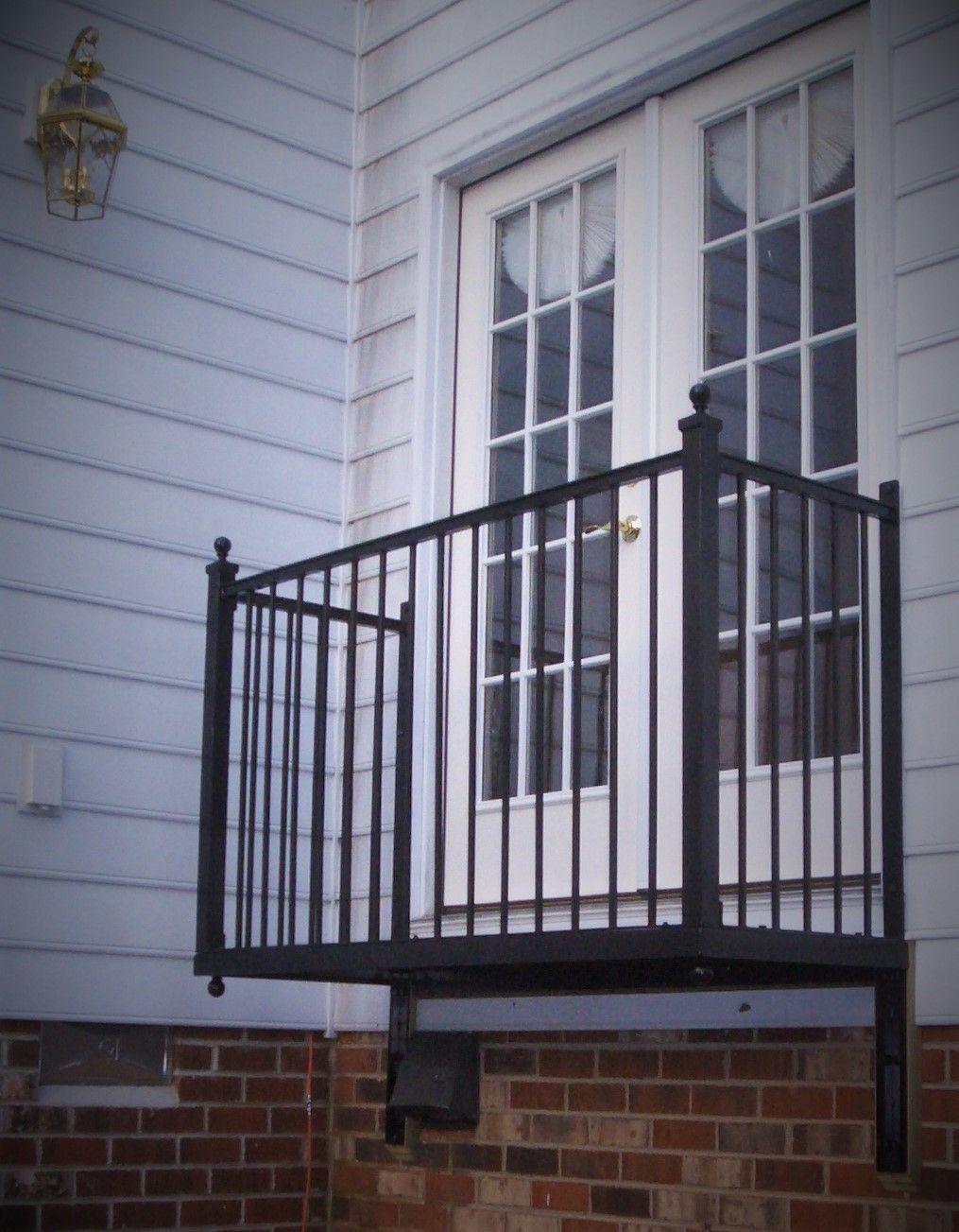 pin von waltraud amsl auf franz sischer balkon pinterest franz sisch balkon balkon und. Black Bedroom Furniture Sets. Home Design Ideas