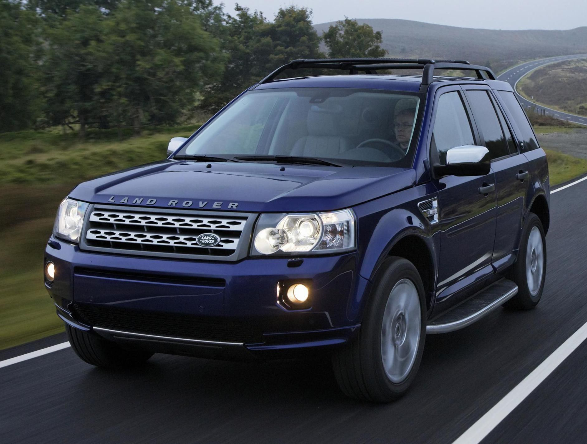 Land rover freelander 2 sport 2010 land rover pinterest land rover freelander land rovers and cars