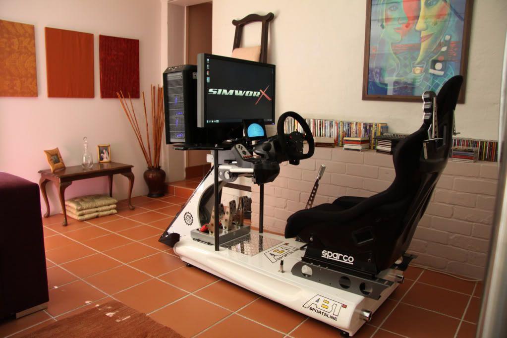 FOR SALE: PROPER CAR RACING SIMULATOR | Race Car Simulators