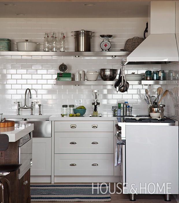 Kitchen Design Trend Keep It Costal: 30 Kitchens That Dare To Bare All With Open Shelves