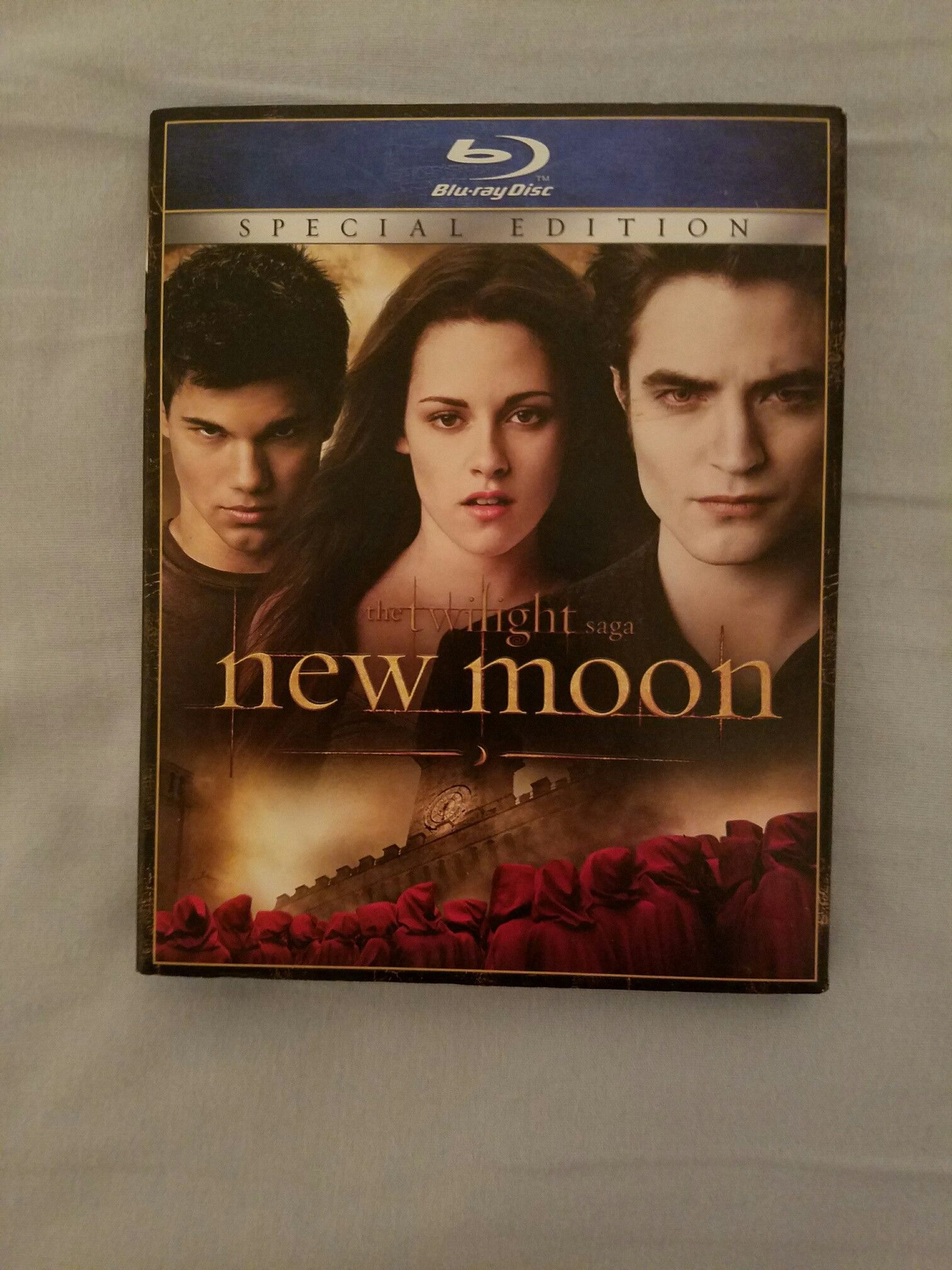 THE TWILIGHT SAGA NEW MOON BLU RAY SPECIAL EDITION DISC