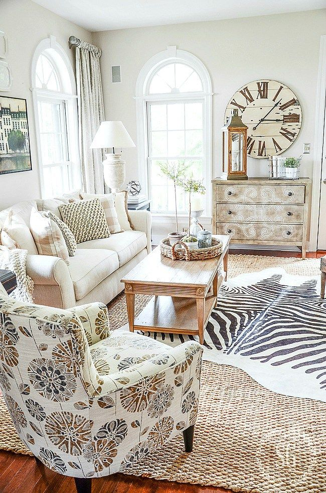 how to layer rugs like a pro home rugs home decor home decor rh pinterest com