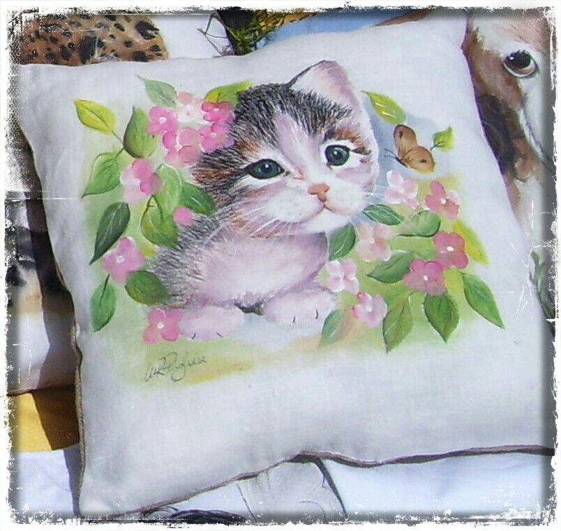 Gattino cuscini decorativi pillow dipinti su tessuto for Cuscini dipinti