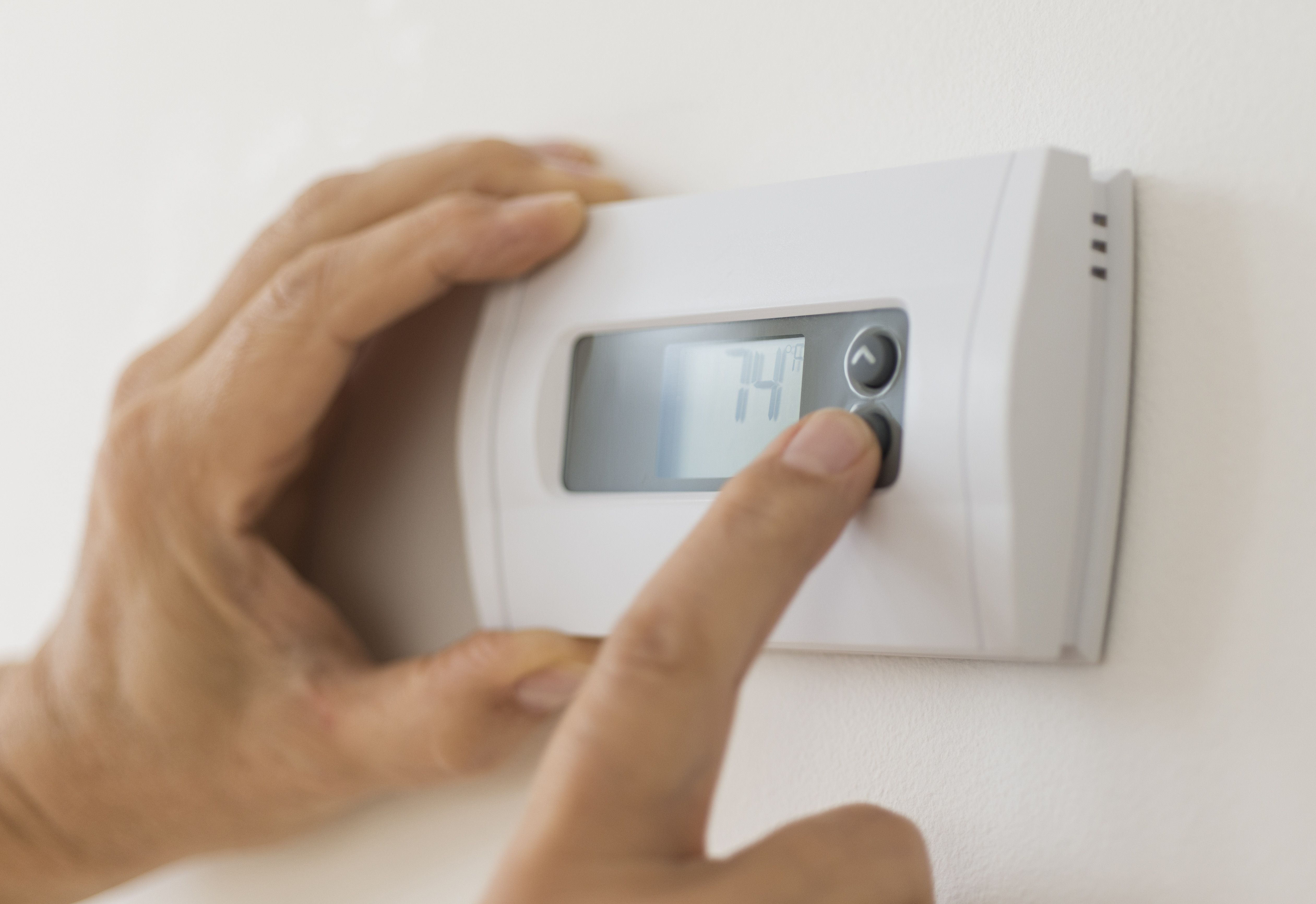 How to Change the Battery in a Honeywell Thermostat Air