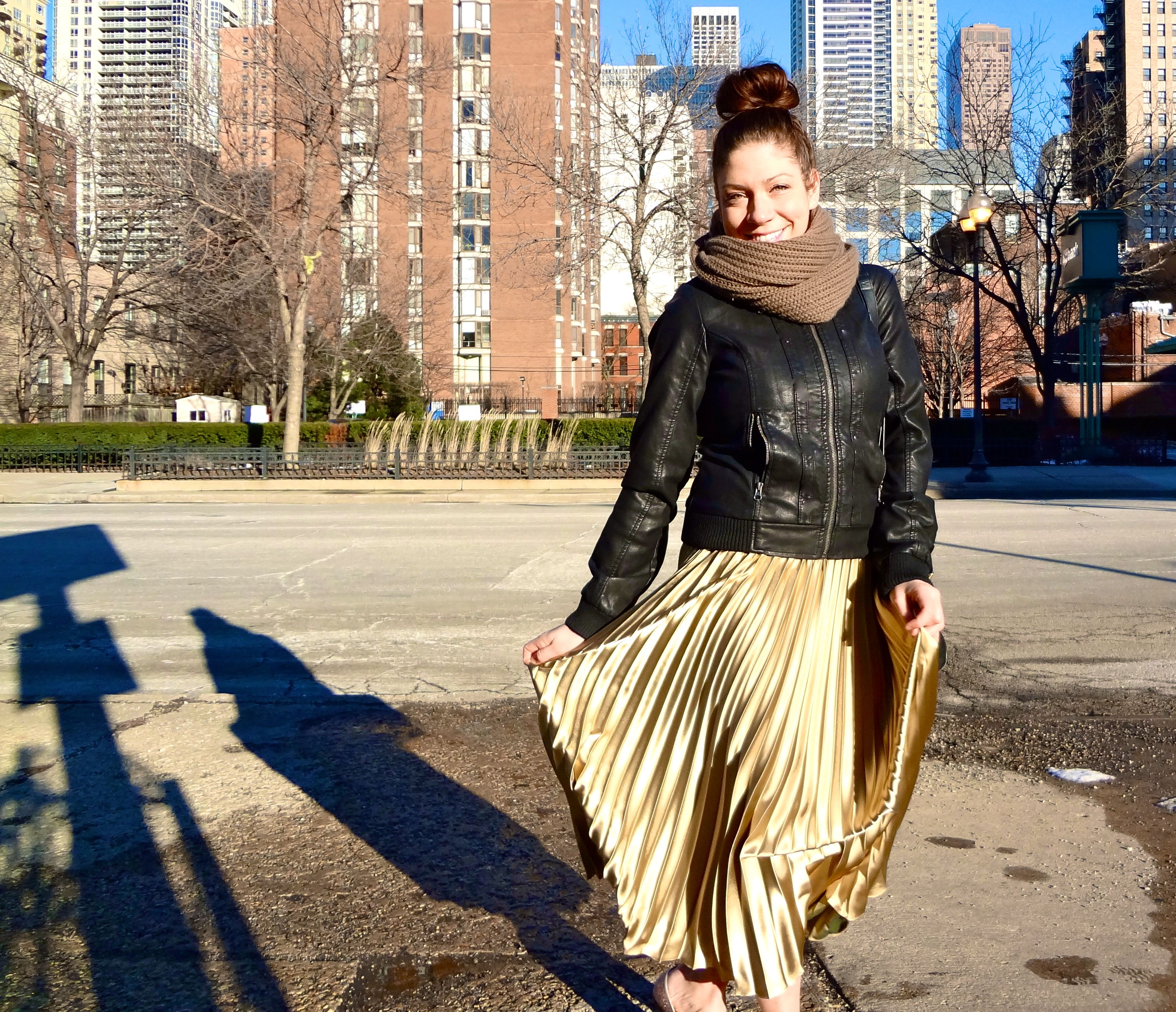 What I'm Wearing: Pretty Accordion Pleats  A few weekends back, when I ventured out to the Vintage Bazaar in Chicago, I fell in love with this pretty, vertically-pleated skirt and knew I had to have it.  I love how the pleats move fluidly when I walk . It almost looks like somewhat of an optical allure, no?  https://amongotherthings.com/2012/02/how-to-wear-accordion-pleats-max-skirt.html