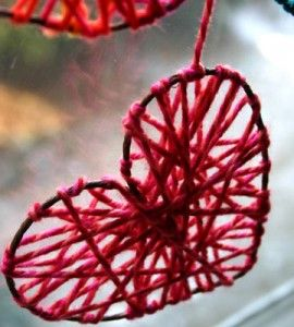 Yarn hearts valentine s day crafts crafts for the home for Country woman magazine crafts