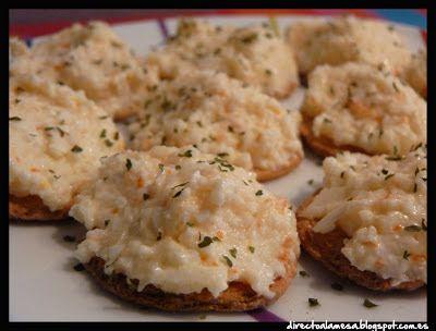 canap s de palitos de cangrejo huevo duro cebolla y
