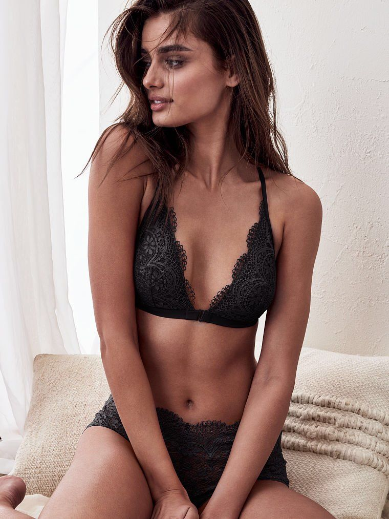 79c4a76d35 Taylor Hill for Victoria s Secret. Twitter