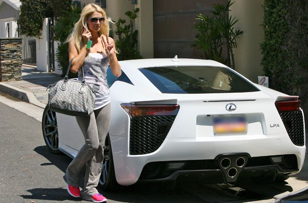 Dicing with the stars the 10 most ridiculous celebrity for Garage lexus paris