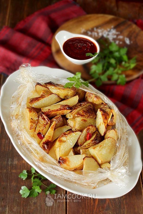 картошка в рукаве в духовке по деревенски рецепт с фото