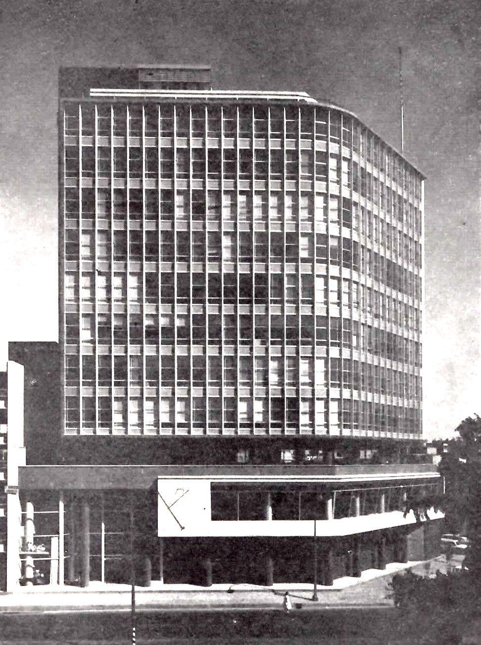 Edificio de oficinas seguros azteca insurgentes sur 170 for Oficinas virtuales mexico df
