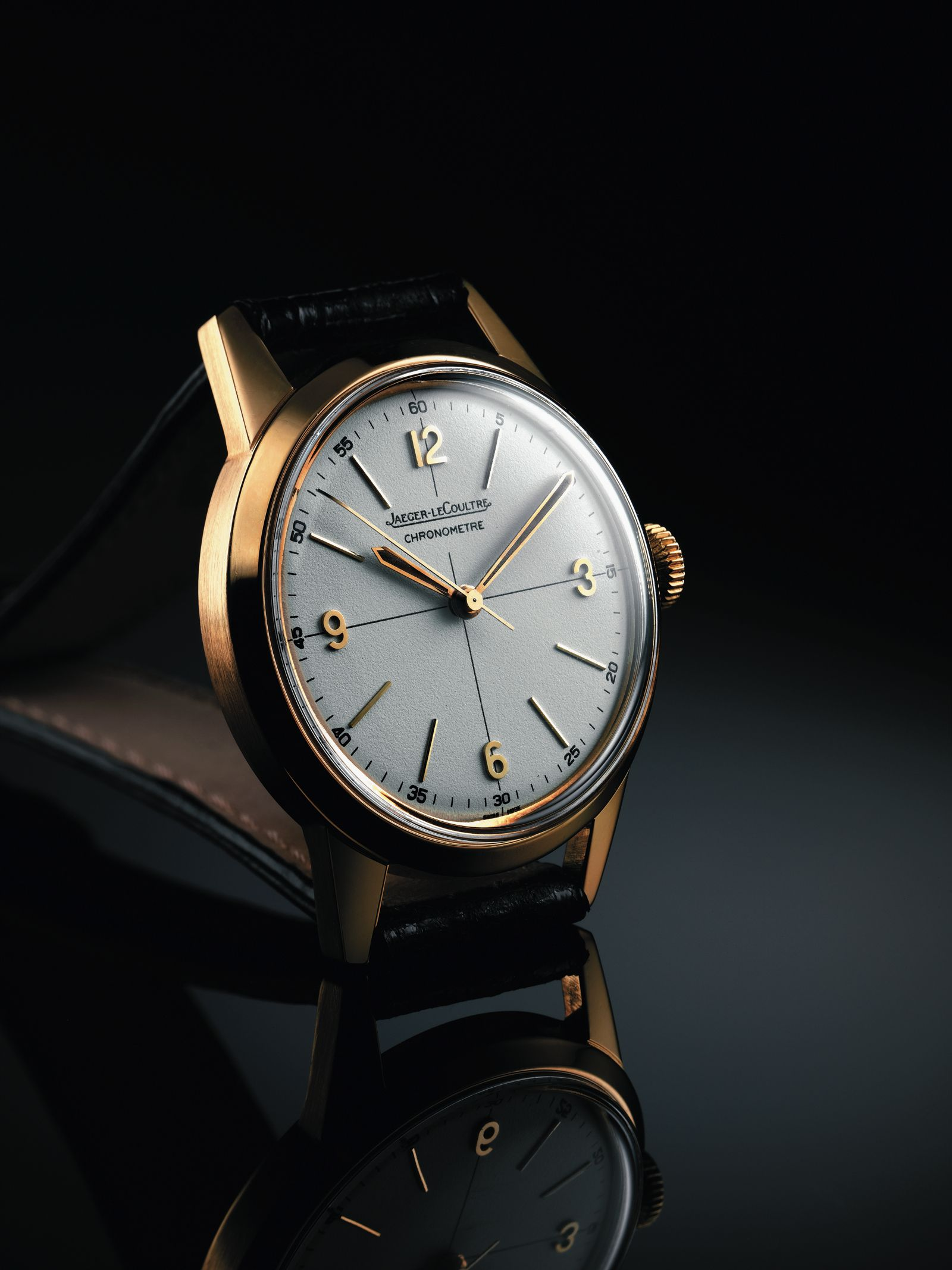 cfca0d311464 An elegant 9ct gold Jaeger-LeCoultre dress watch with interesting lugs.  35mm dated 1953. Very simple
