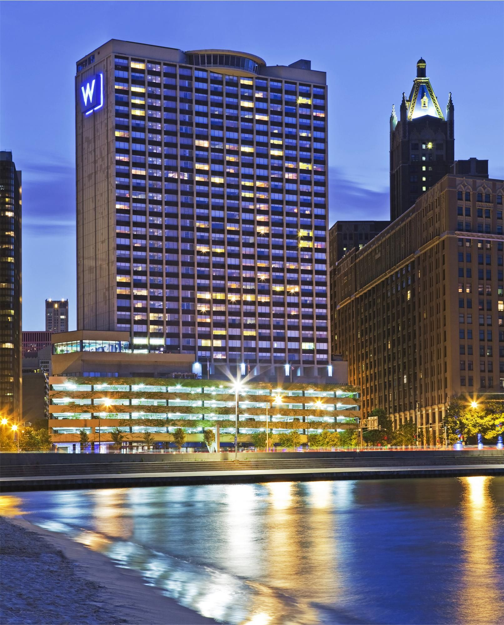 The w chicago lakeshore is a four star luxury hotel overlooking lake michigan