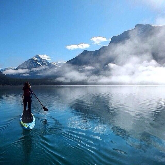 Gorgeous #sup #mountains #clouds #reflection #photo