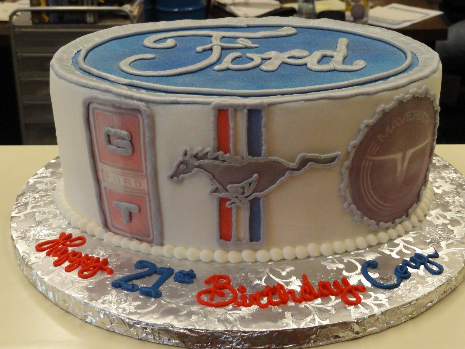 Ford Mustang Cake Oh I want Stephie FOOD Pinterest
