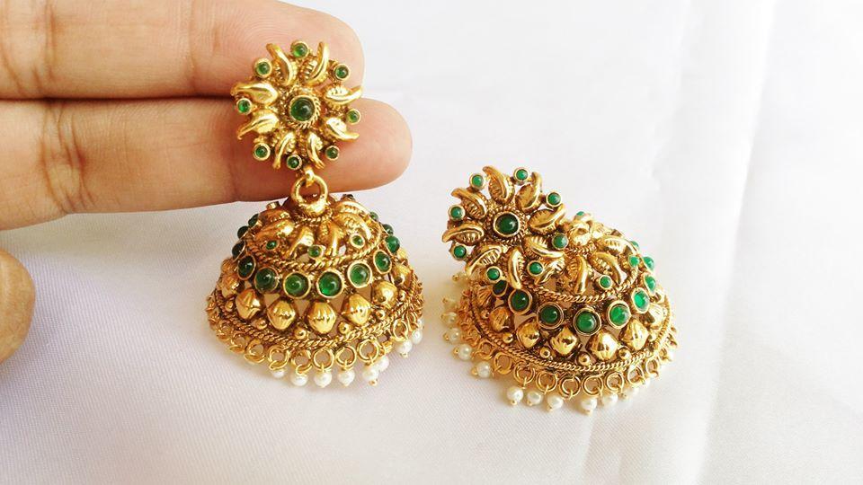 Green Stones Adorned Jhumka Earrings Http Www Curiotown Com Jewelry Earrings Green Stones Adorned Jhumka Gold Earrings Designs Earrings With Price Earrings