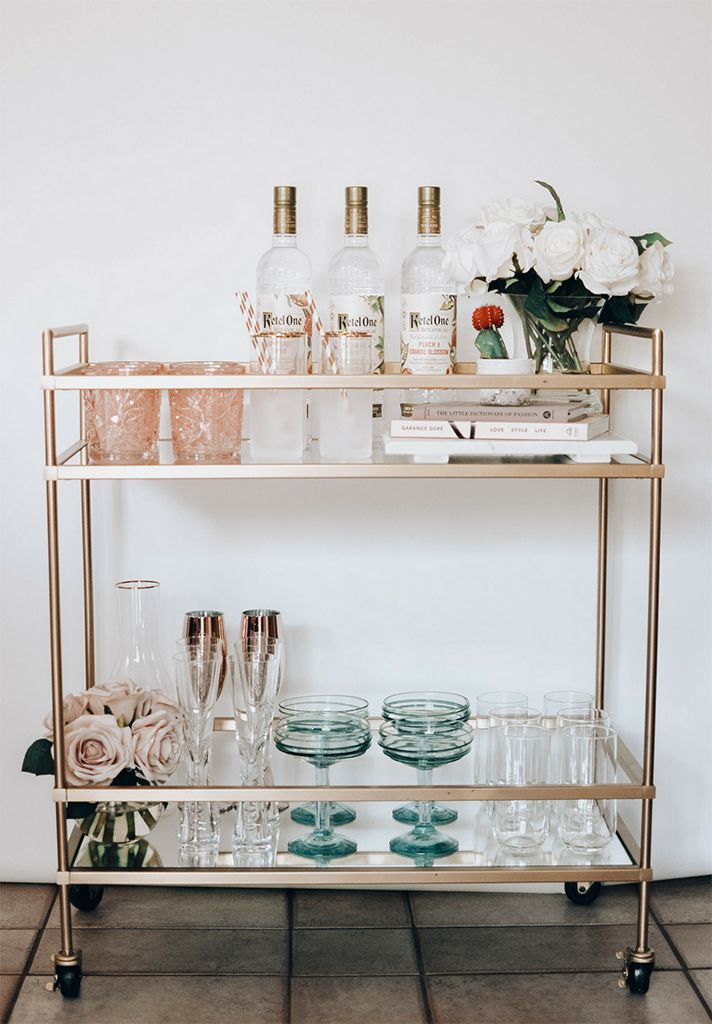 STYLECASTER | Literally Just 29 of the Prettiest Bar Carts We've Ever Seen #apartmentdecor