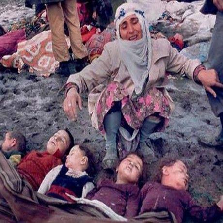 16.03.1988 Den kurdiske byen Halabjah blir angrepet av en blanding av giftgass og nervegass, mest sannsynlig fra Irak - omkring 5000 mennesker omkommer (Wikipedia)
