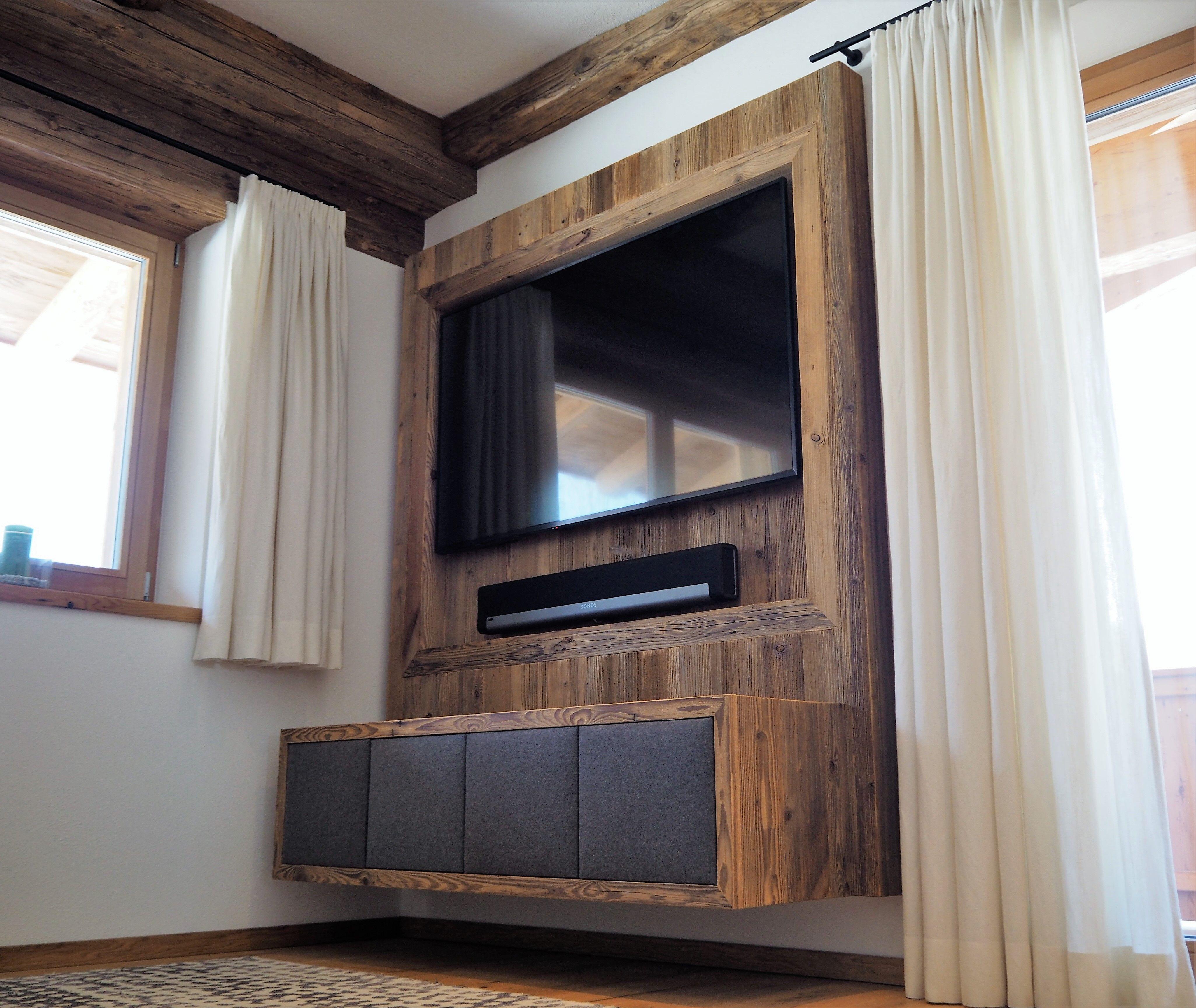 Altholz Verbau Wohnzimmer Mit Tv Kasten Und Stofffronten Holzkunst