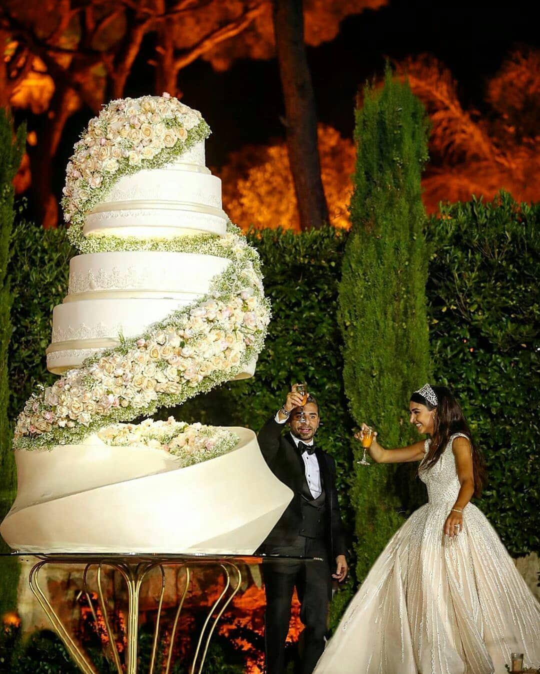 1,869 Likes, 13 Comments Top Cake Blog (naijabakers247