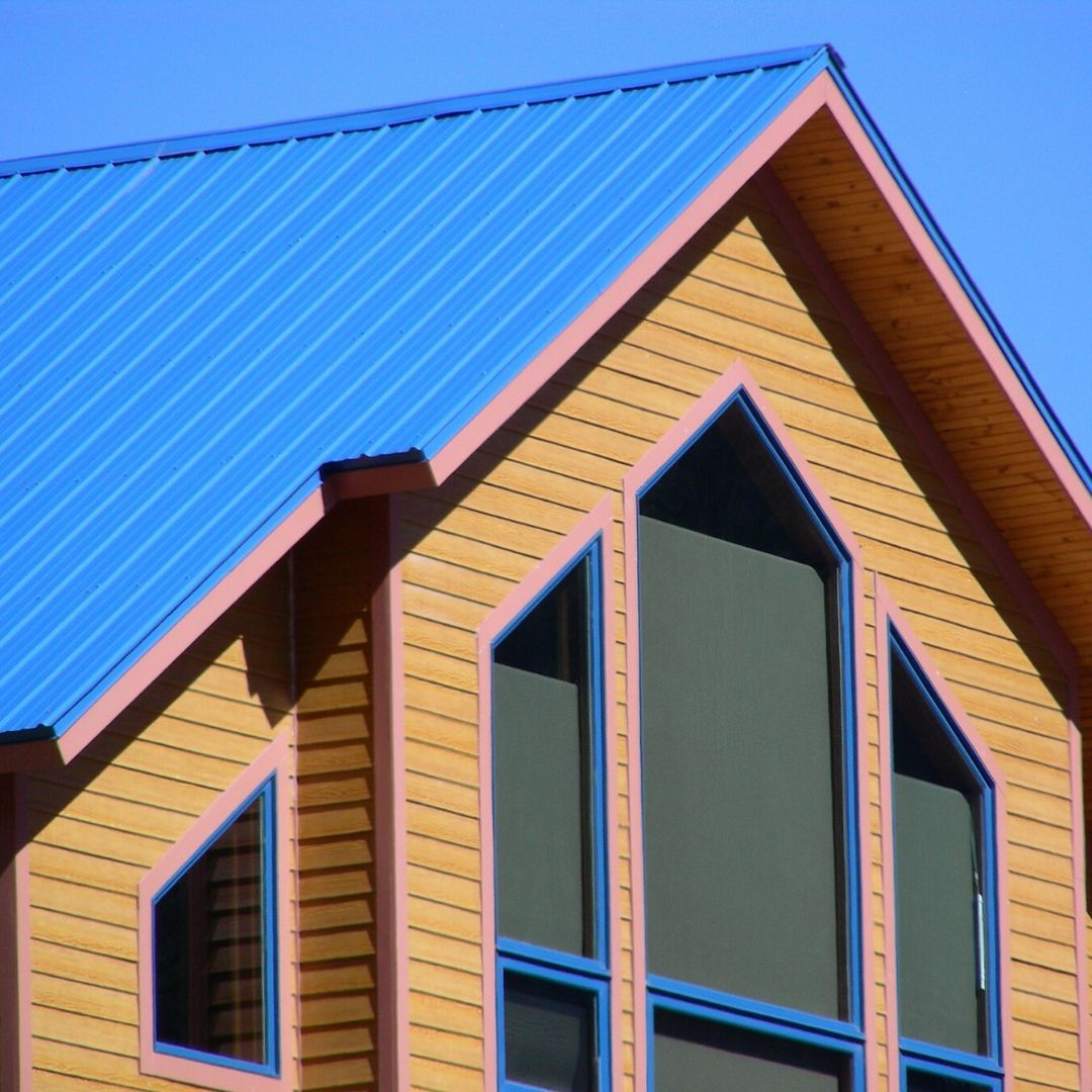 In Areas That Experience Severe Weather It Is Essential That Highly Wind Resistant Roofing Be Used New Metal Roo In 2020 Roofing Options Roof Structure Roof Shingles