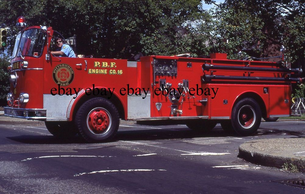 Fire Apparatus Slide - Pittsburgh PA - 1966 Seagrave Engine 16