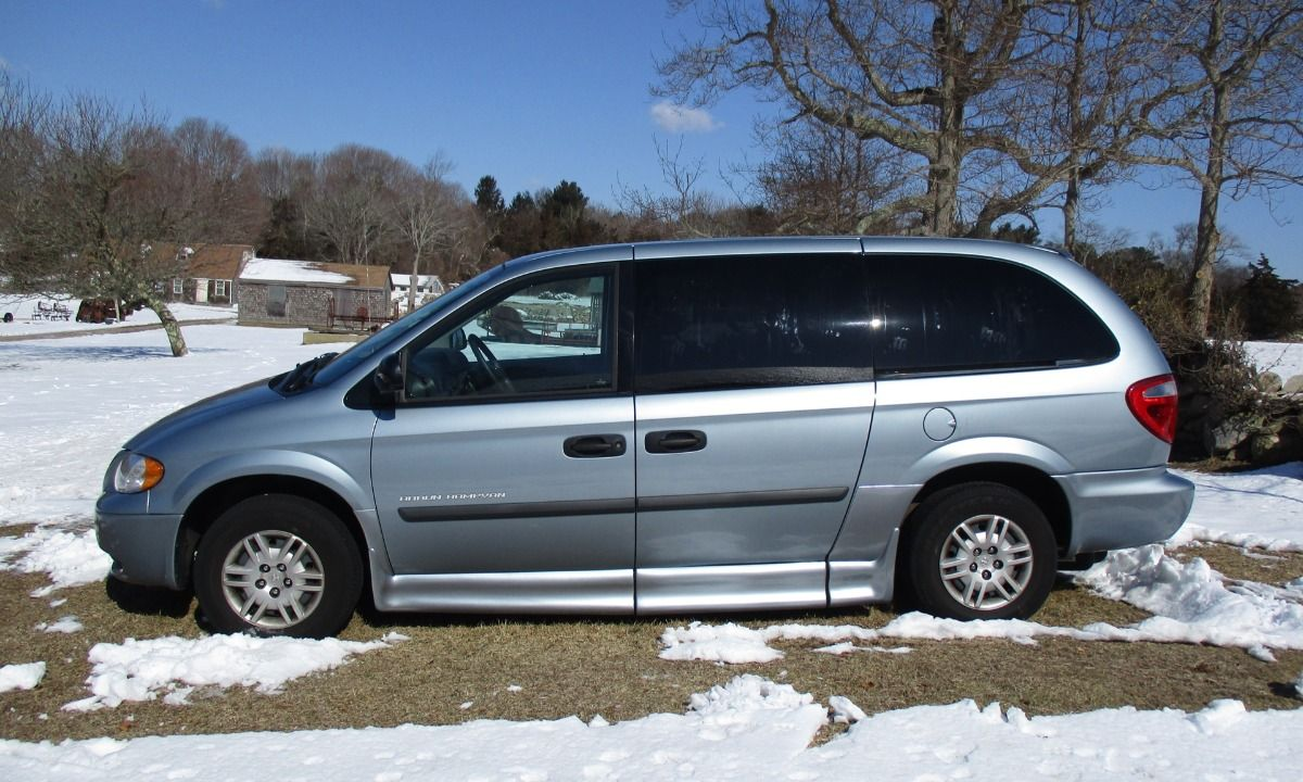 Used 2006 Dodge Grand Caravan Braun Conversion Package