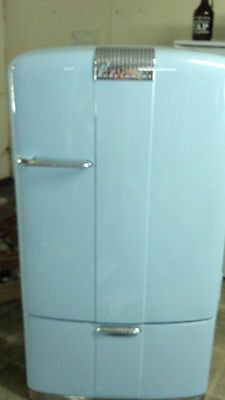 Pin By Jeannie Railey On Home Is Where The 3 Is Kelvinator Refrigerator Vintage Fridge Refrigerator
