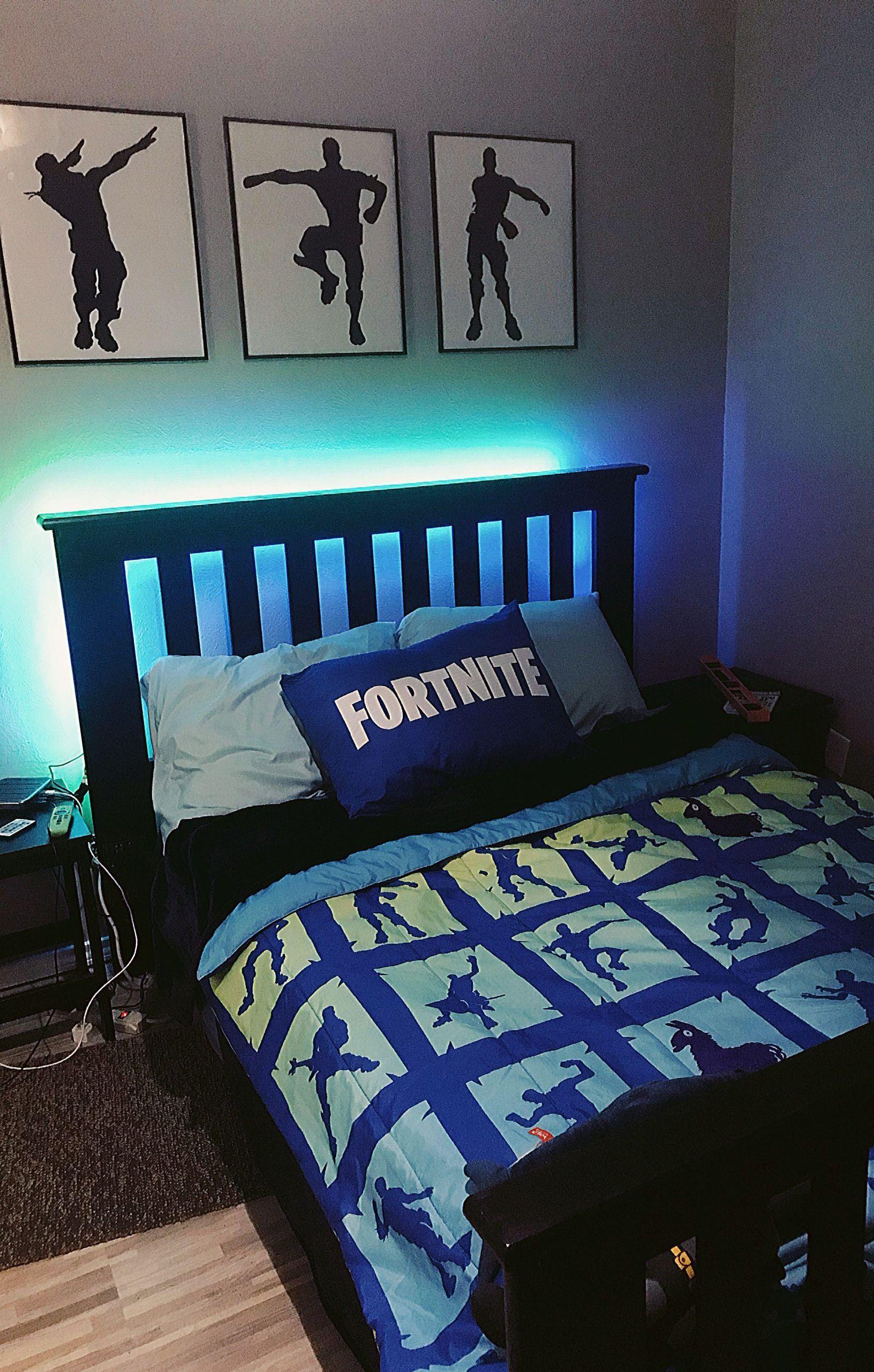 Fortnite Boys Room Boys Fortnite Room In 2020 Boy Bedroom Design Big Boy Bedrooms Boys Bedroom Decor