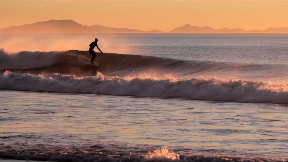 △△△ Theline blog   Hidden Sea and the Pyramid of Fire    Superbe vidéo de surf en Russie !!