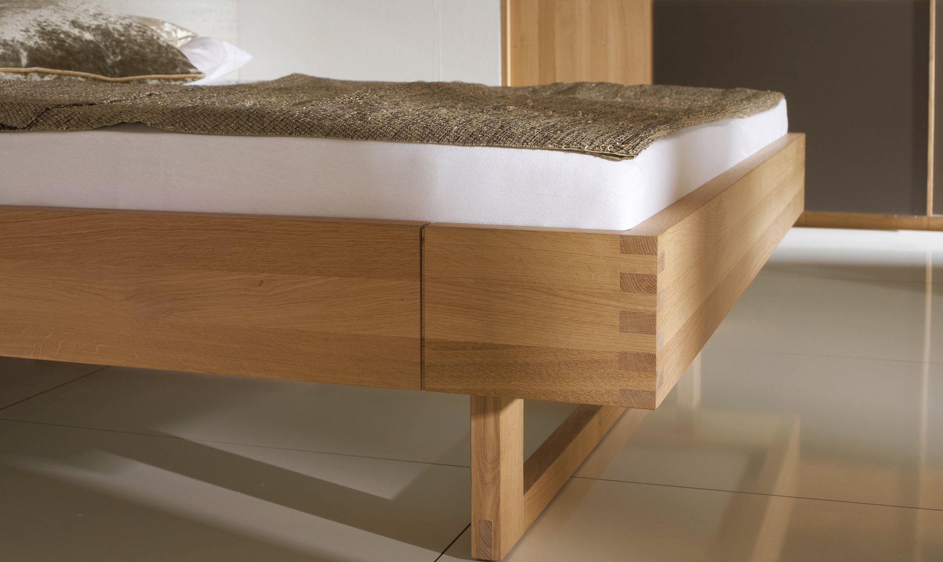 VRivera Schlafzimmermöbel in Wildeiche mit