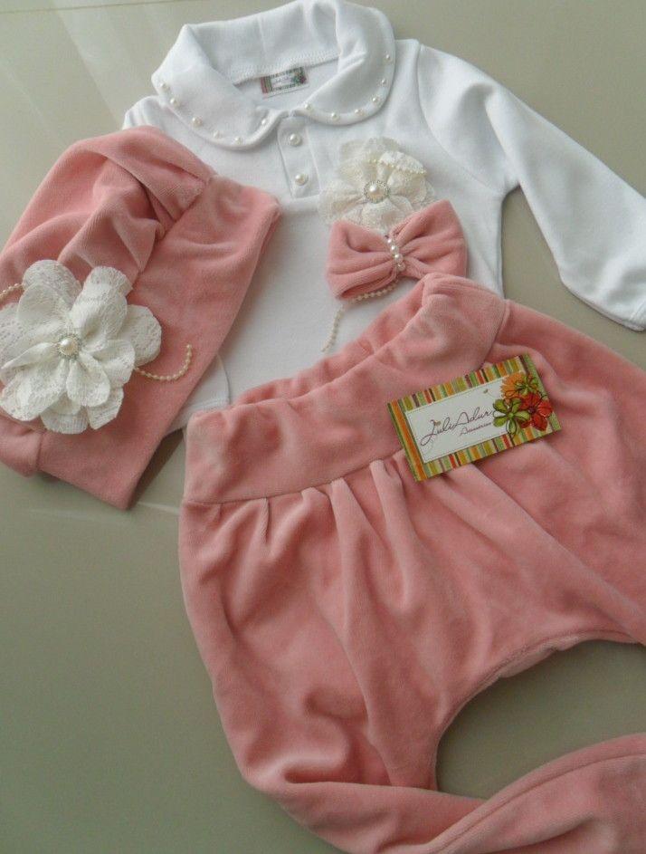 CONJUNTO 3 PEÇAS  Calça ( legging ou saruel )  br  Body ( manga longa)  br   Boina  br Lindos Conjuntos Boina e calça em plush (legging ou saruel) 09222b259e2