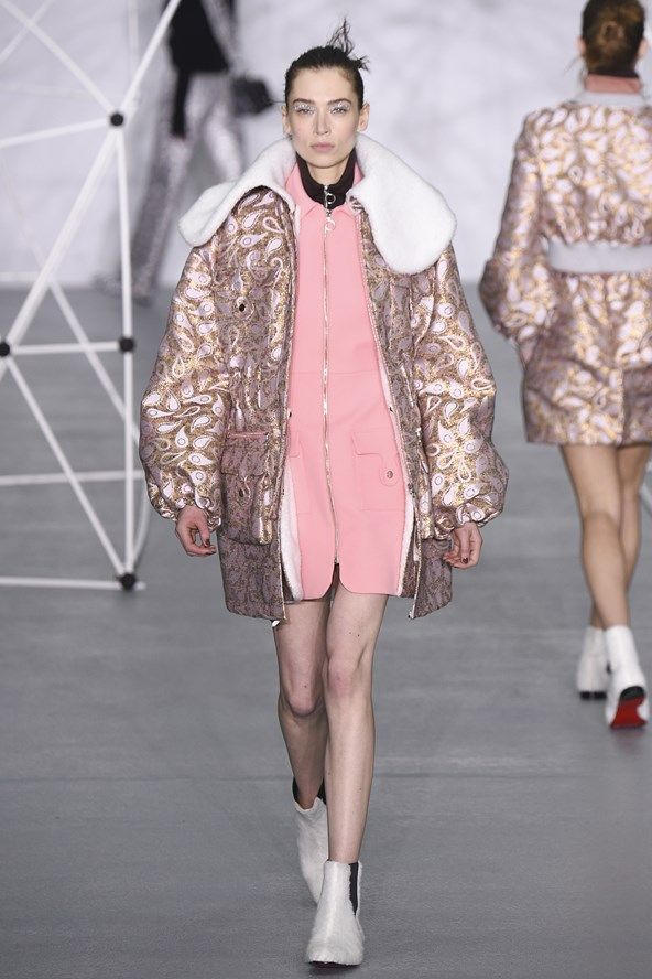 See the Holly Fulton autumn/winter 2016 collection. Click through for full gallery at vogue.co.uk