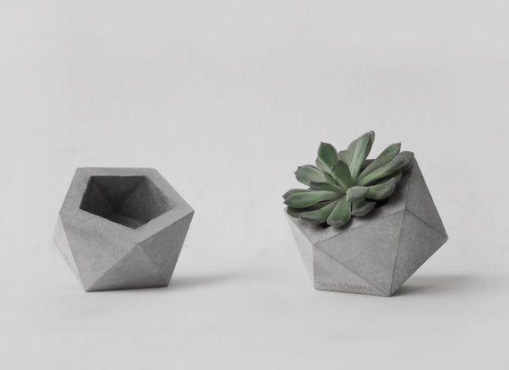 Frauklarer Icosahedron Planter In Small Small Concrete Planter